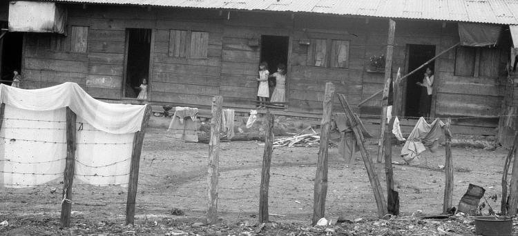 obóz uchodźców